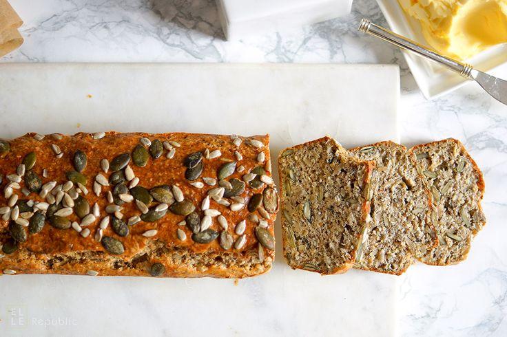 Direkt zum Rezept Dieses einfache Rezept für ein Körnerbrot selbstgemacht und glutenfrei könnte Euer ultimatives Brotrezept werden. Eine mutige Aussage, ich weiß. Aber ich finde, dass es das einfac…