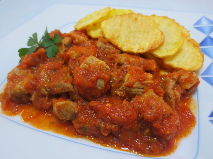 Magro con tomate y pimientos