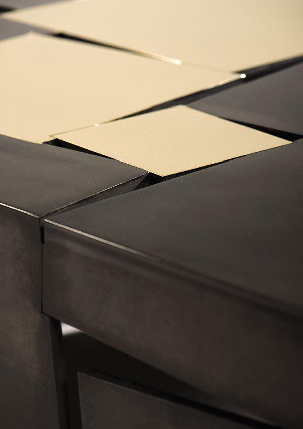 """""""Table (detail)"""" by Hervé van-der-straeten. A l'occasion d'Art Brussels (et jusqu'au jusqu'au 18 juin) la galerie bruxelloise Pierre Bergé & associés consacre à Hervé van der Straeten une exposition. Le tire, « Agitation », constitue une allusion directe à l'oeuvre du designer, juxtaposant matières nobles (bois, bronze, marbre, laque), empreintes d'élégance, et matériaux bruts ou industriels, comme l'aluminium anodisé, le néon, ou le Corian. Trompe-l'oeil, jeux de volumes, les formes,,,,"""