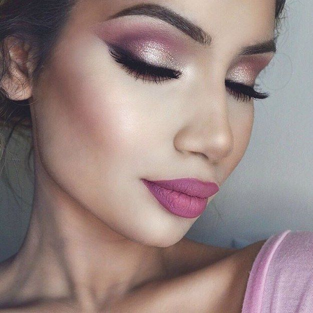 Metallic-to-matte shimmer | 19 Ways Pink Eyeshadow Can Look Badass AF