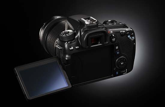Canon EOS 70D's tilt-and-swivel LCD screen