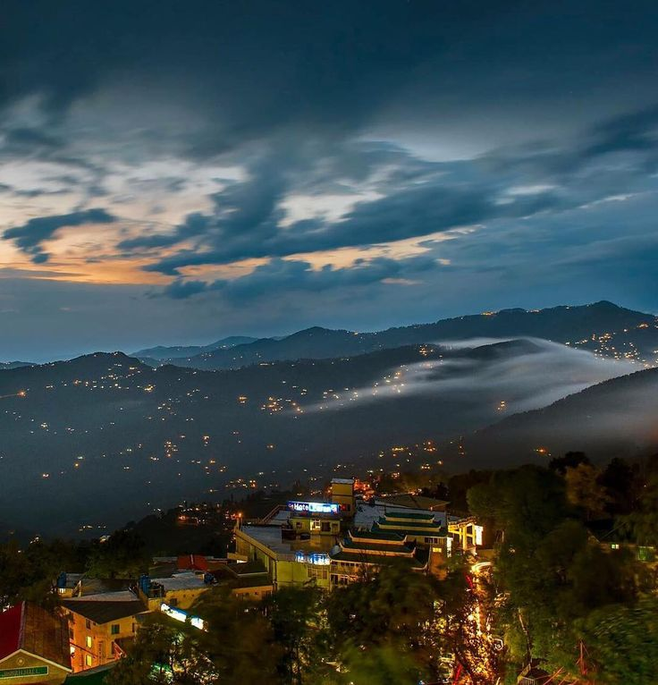 Mera Pakistan : Murree after sunset