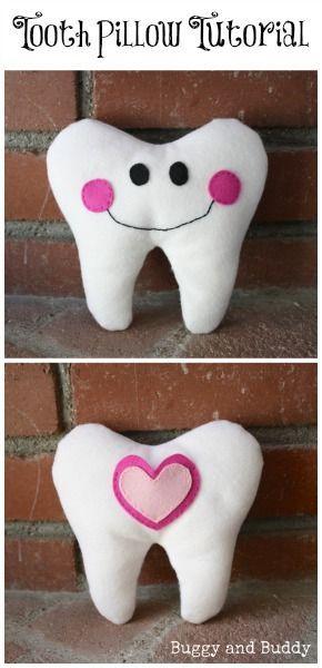 Almohada con forma de diente. Con patrón y tutorial (inglés)