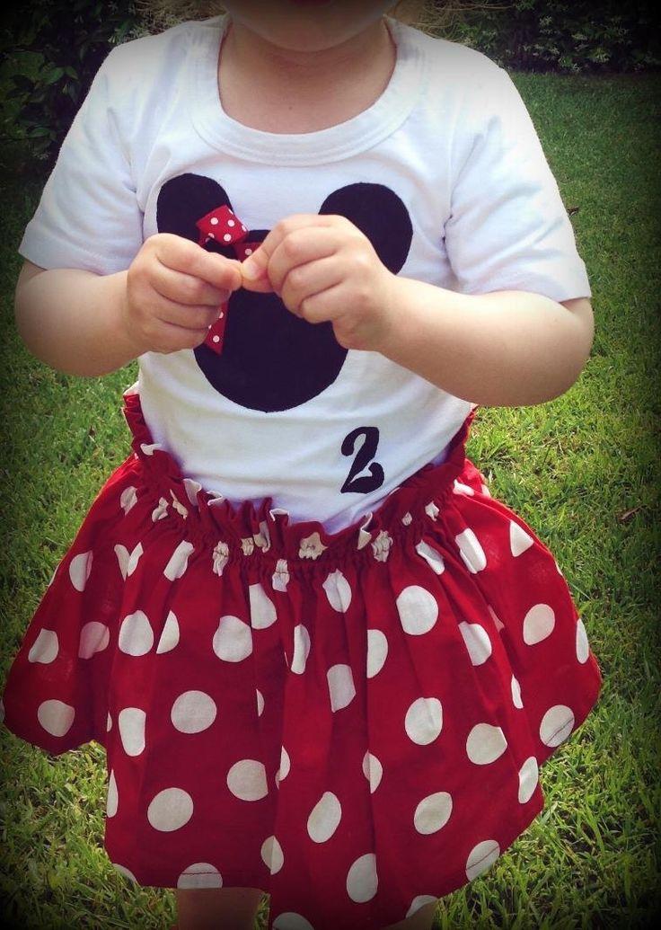 T shirt and skirt minnie set