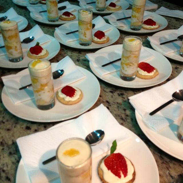 Trifle de melocotones y guanabana