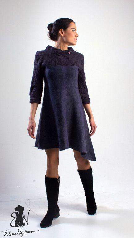 Купить или заказать валяное платье 'shades of blue' в интернет-магазине на Ярмарке Мастеров. очень удобное повседневное и в тоже время элегантное авторское платье с рукавом три четверти , ассиметричной линией низа и фактурной отделкой в технике…