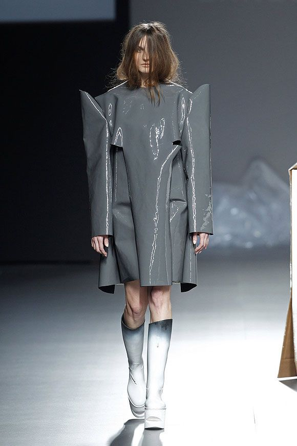 Sculptural Fashion - grey plastic dress; experimental fashion design // Ernesto Naranjo