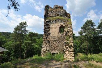 Zřícenina hradu Zlenice (Hláska), který znáte z obrázků Josefa Lady