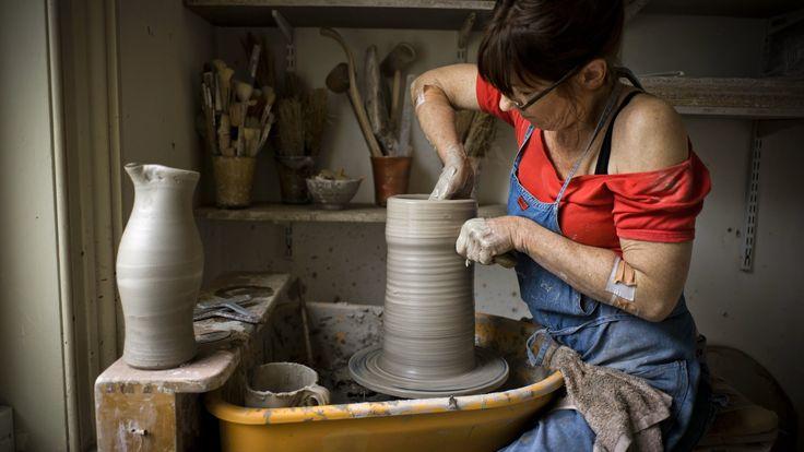Potter Lisa Hammond: 'I prefer to respond to the clay itself'