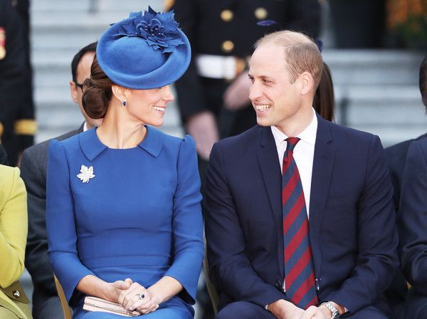 Kate Middleton Photos Photos - Catherine, Duchess of Cambridge and Prince William, Duke of Cambridge attend the Official Welcome Ceremony for the Royal Tour at the British Columbia Legislature on September 24, 2016 in Victoria, Canada. Prince William, Duke of Cambridge, Catherine, Duchess of Cambridge, Prince George and Princess Charlotte are visiting Canada as part of an eight day visit to the country taking in areas such as Bella Bella, Whitehorse and Kelowna. - 2016 Royal Tour to Canada…