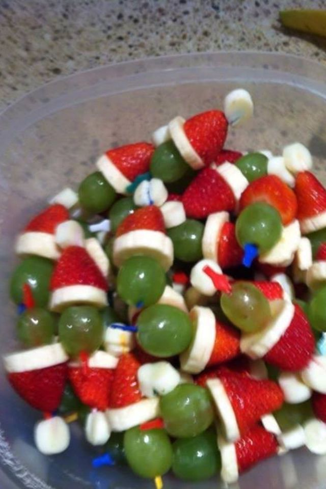 Grinch Christmas Snack- grape banana strawberry
