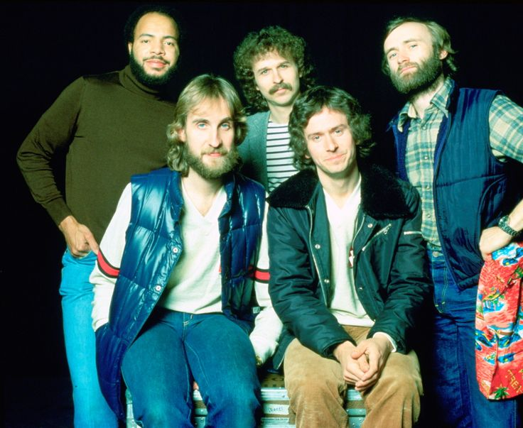Genesis Live! In 1978, at least. L-R Chester Thompson, Mike Rutherford, Daryl Stuermer, Tony Banks, Phil Collins