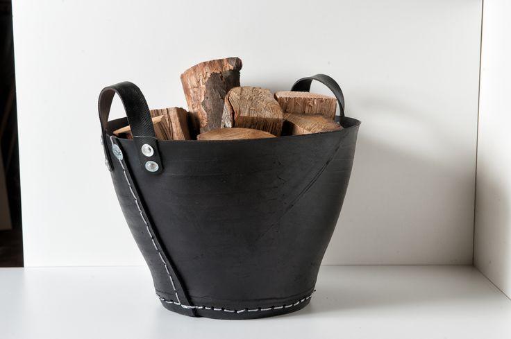 Brennholzkorb aus recycelten LKW Reifen, auch ideal für Altpapier und Garten. Durchmesser ca. cm 40 und ca. cm 49