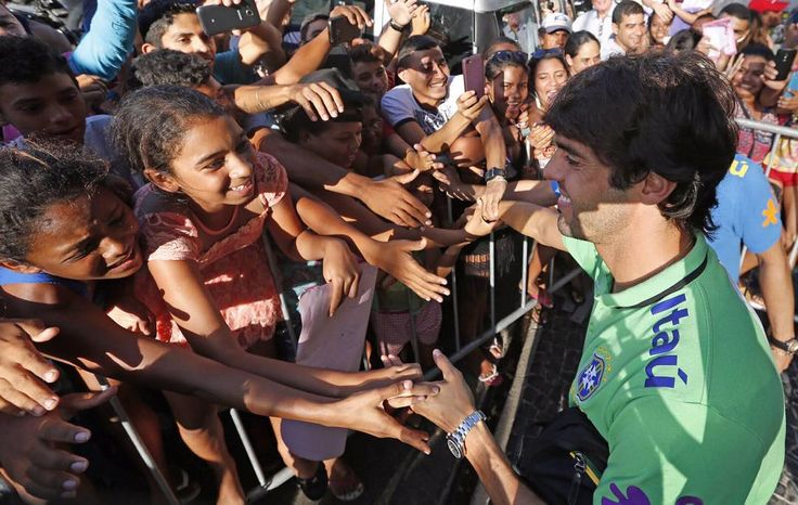 #Kaká Kaká: Estamos juntos nessa, vamos Brasil! // We are all one! Let's go Brazil! //#diadejogo #eliminatorias #Brasil vs #Venezuela