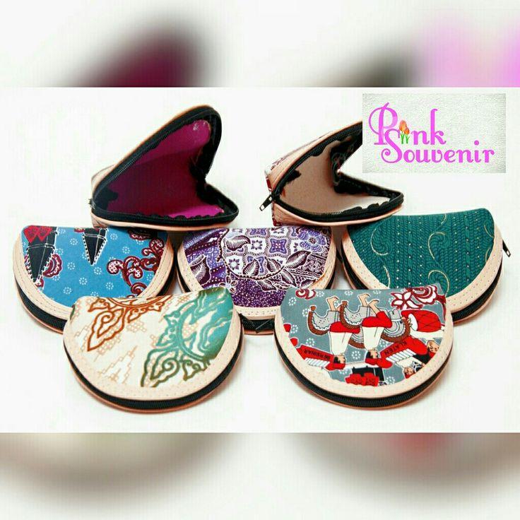 Souvenir Pernikahan Dompet Batik