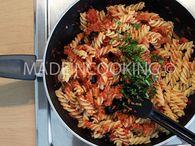 Pâtes au thon, à la tomate et aux olives : Etape 2