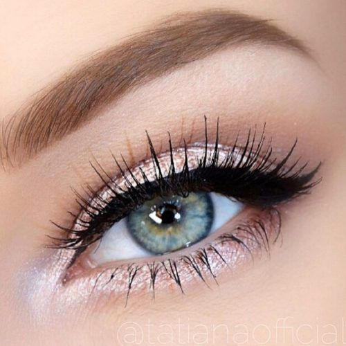 Beautiful makeup look for blue eyes. For the girl who likes a little bling. Prom…