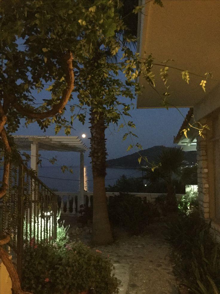 Summer night in Tyros