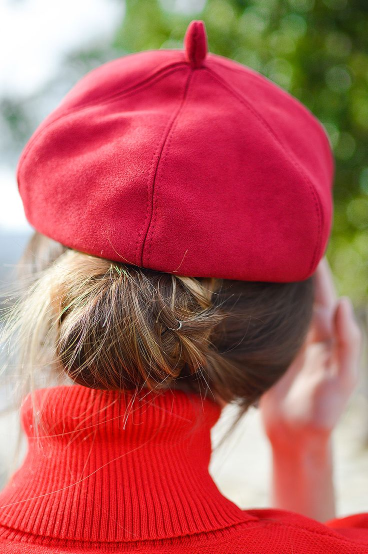 Santa Style In / Hairstyle / Red Beret / by Tamara Bellis Fashion and Lifestyle Blog