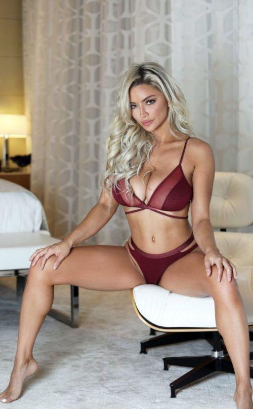 1d97879cc38c2 Lindsey Pelas lingerie 😍 visit us for more