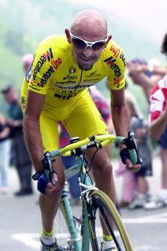 #MarcoPantani sui pedali