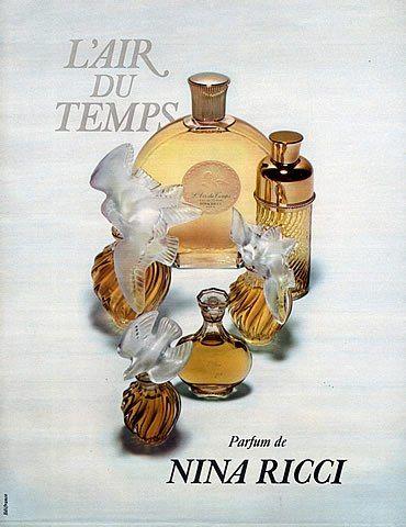 L'Air du Temps è stato lanciato sul mercato nel 1948. Il Naso di questa fragranza è Francis Fabron. Le note di testa sono Garofano, Pesca, Neroli, Bergamotto, Rosa, Legno di Rosa Brasiliano e Aldeidi; le note di cuore sono Rosmarino, Garofano, Gardenia, Violetta, Orchidea, Chiodi di Garofano, Rizoma di Iris, Gelsomino, Ylang Ylang e Rosa; le note di base sono Spezie, Iris, Ambra, Sandalo, Muschio Animale, Benzoino, Muschio di Quercia, Vetiver e Cedro