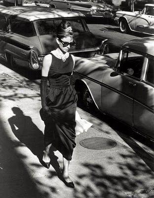 Breakfast at Tiffanys: Style, Fashion Icons, Beautiful Audrey, Audrey Hepburn, Holly Golightly, Breakfast At Tiffany, Audreyhepburn, Movie, Photo