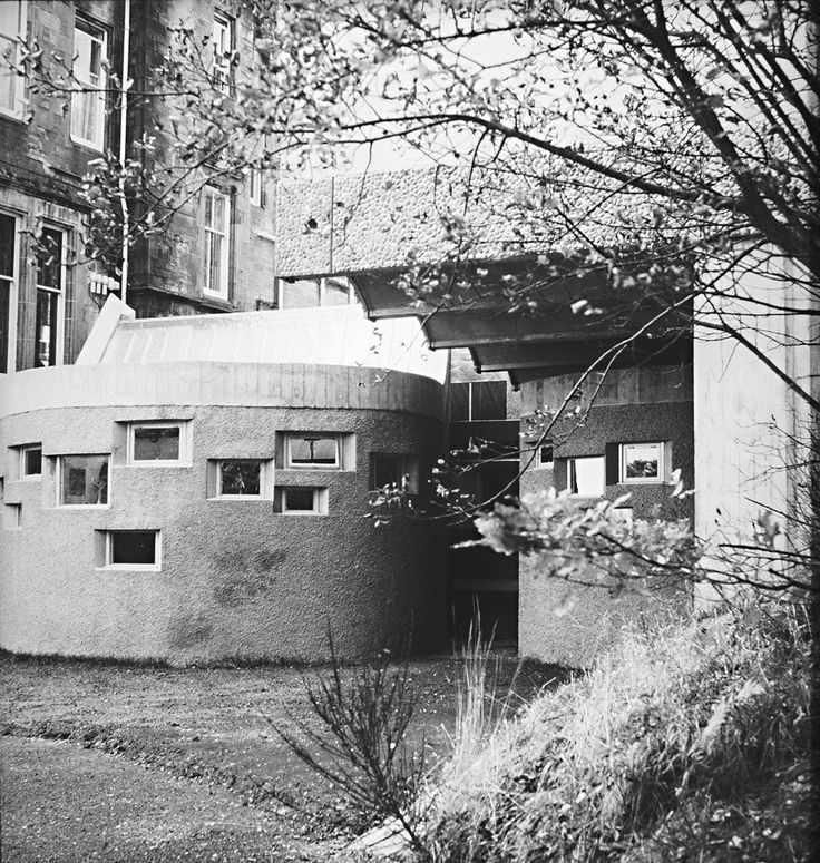 Photograph of St Peter's College from the Gillespie, Kidd & Coia Archive in the Glasgow School of Art Archives and Collections (Archive reference: GKC/CC/2/1/10)