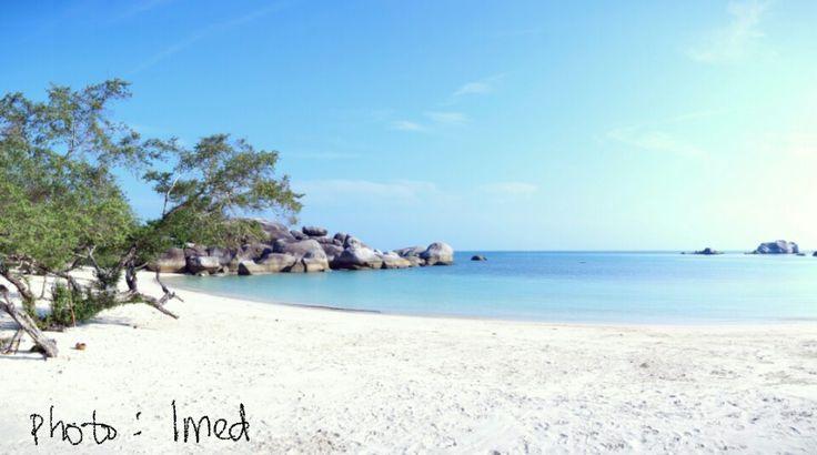 Pantai Tanjung Tinggi ♡#Indonesia (photo by Imed)