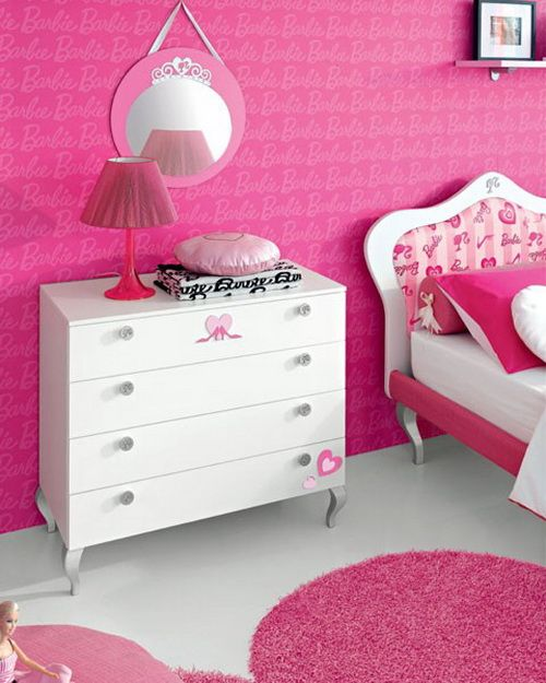 31 best images about barbie room on pinterest for Barbie dream house bedroom