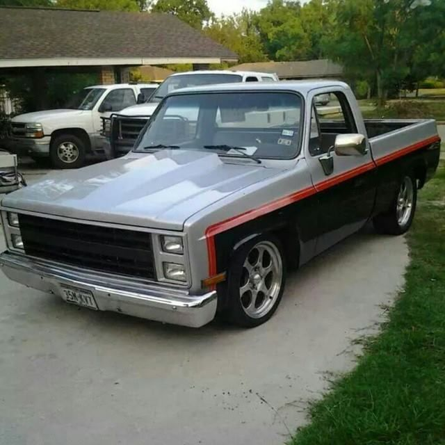 Custom Two Tone Chevy Square Body Truck Paint Jobs