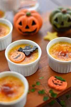☪かぼちゃのブリュレ☪ かぼちゃにバニラとミルクを加えて コクのあるブリュレに。。 ハロウィンにぜひどうぞ☆