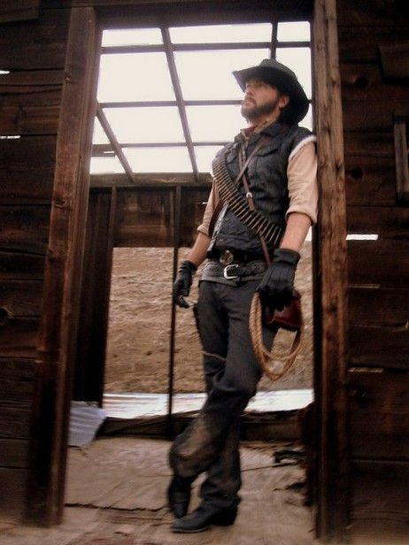 Unreality - John Marston Comes to Life in Red Dead Redemption Cosplay |