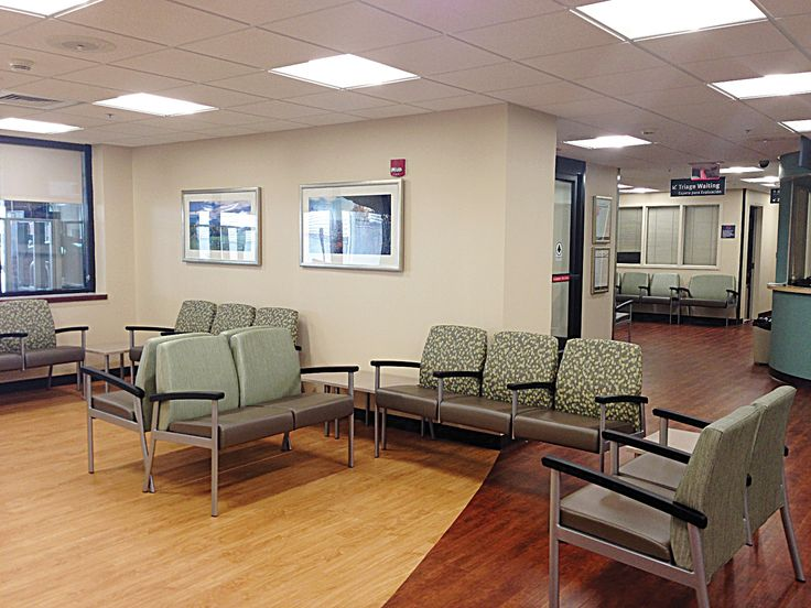 Wake Forest Baptist Medical Center / Vista II Seating and Tables
