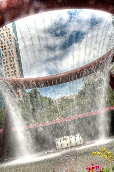 スケールやデザインがちょっと普通じゃないユニークな世界の噴水15カ所 - GIGAZINE