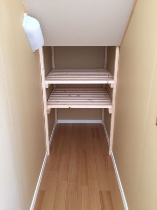 りんくパパのDIY 階段下 : りんくパパ ケント・ハウスで家を建てる! 階段下収納のDIYが完成しましたのでご紹介します。