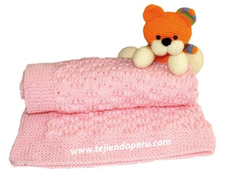 tutorial: manta para bebé tejida en dos agujas o palitos en el punto burbujas