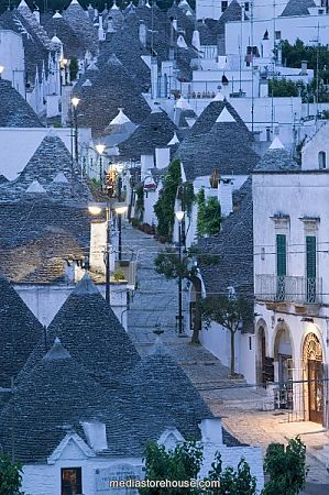 Trulli houses in Puglia Italy: on my wish list in the future. Missed it this time.
