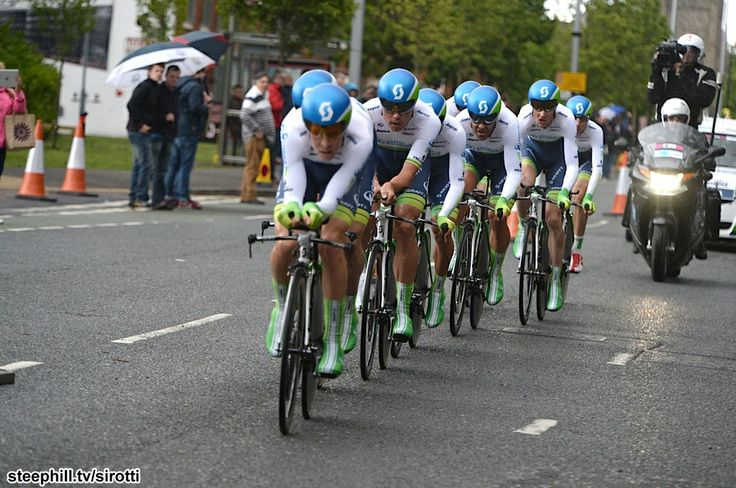 Oriya green edge looking strong in their stage win at the giro de italia 2014.
