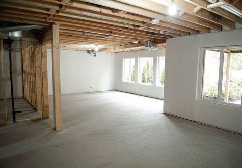 Har du en källare som du vill renovera eller inreda? Vi har låtit vår expert Peter Bratt beskriva några vanliga källartyper.