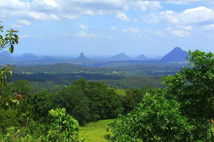 Glass House Mountains, QLD