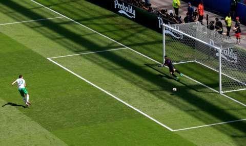 Robbie Brady penalty goal