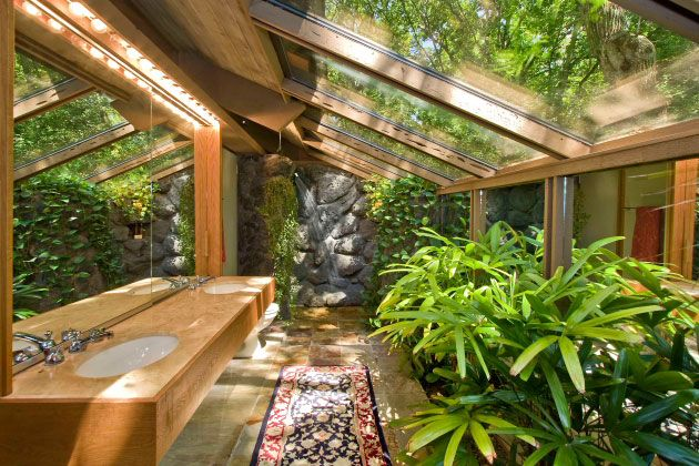 So much light!Architecture Bathroom, Eco Bathroom, Greenhouses Bathroom, Atrium Ideas, Earthship Bathroom, Dreams Bathroom, Atrium Bathroom, Leaves, Atrium Garden