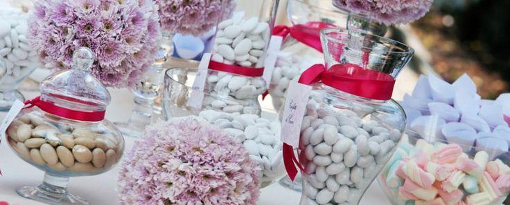 Piccoli, dolci ma ricchi di significato...  Quali confetti per il tuo matrimonio? http://www.partecipazioniconstile.it/it/blog/matrimoni-e-confetti-una-coppia-perfetta