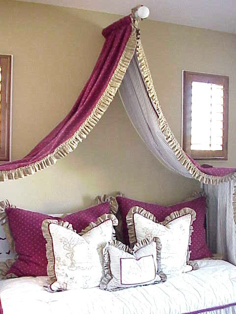 30 best diy canopy bed curtains images on pinterest for Diy canopy bed curtains