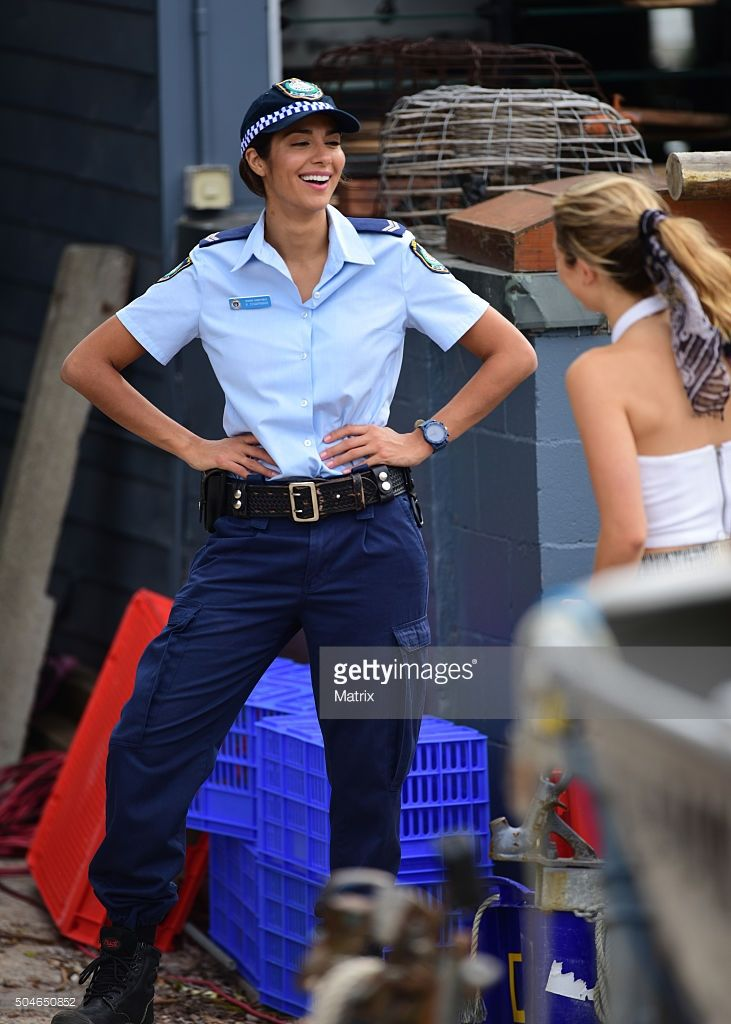 pia-miller-and-cast-film-home-and-away-on-january-12-2016-in-sydney-picture-id504650852 (731×1024)
