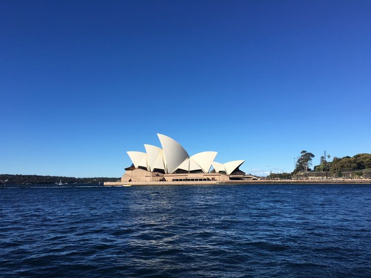 https://travelwithtereza.wordpress.com/2016/08/05/sydney-australia/