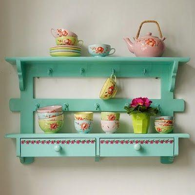 very cute..Decor, Kitchens Shelves, Teas Time, Colors, Green Kitchens, Teas Sets, Display Shelves, Teacups, Kitchens Furniture