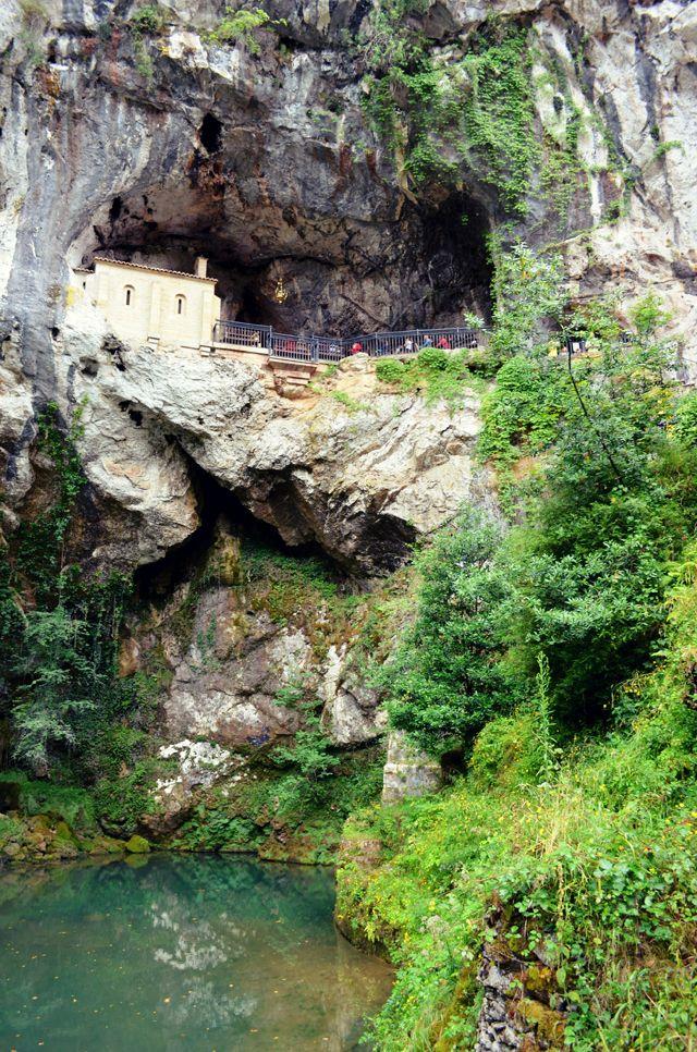 Asturias Day 1: Cangas de Onís y Covadonga | MVESblog: Blog de moda, tendencias y estilo de vida.