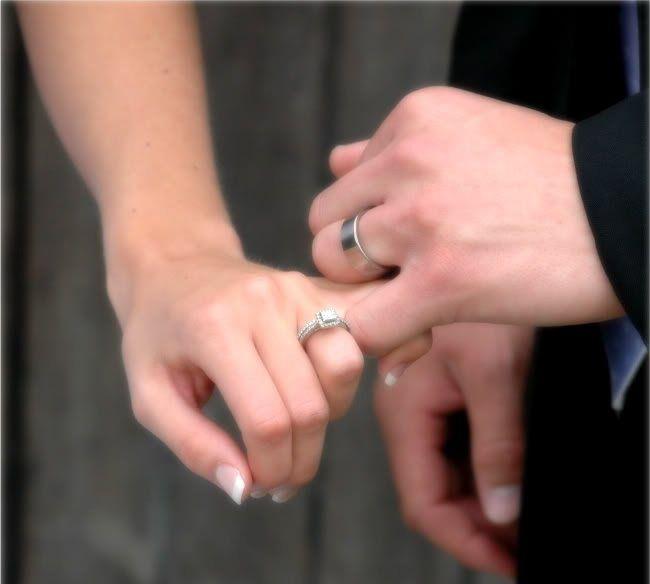 {wedding}: Wedding Photography, Romantic Wedding, Photo Ideas, Wedding Ideas, Anniversaries Pictures, Rings Pictures, Wedding Pictures, Wedding Photo Poses, Changing Mine